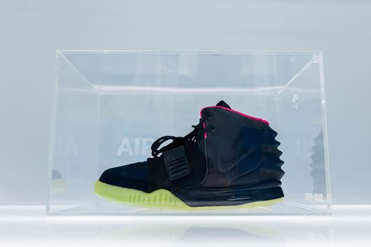 "Picture of Fresh Box ""AIR YEEZY II"" Custom Clear"