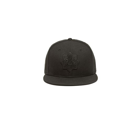 Picture of OCTO TREDIC BADGE SNAPBACK NEW ERA Black